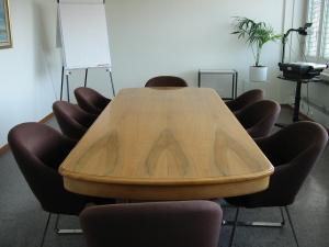 meeting-room-1462601
